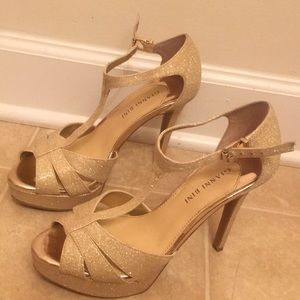 Gold Gianni Bini Heels With Sparkle Sz.8!!!